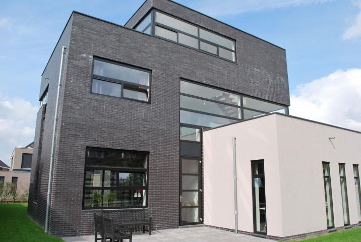 Modern woonhuis te Berkel & Rodenrijs