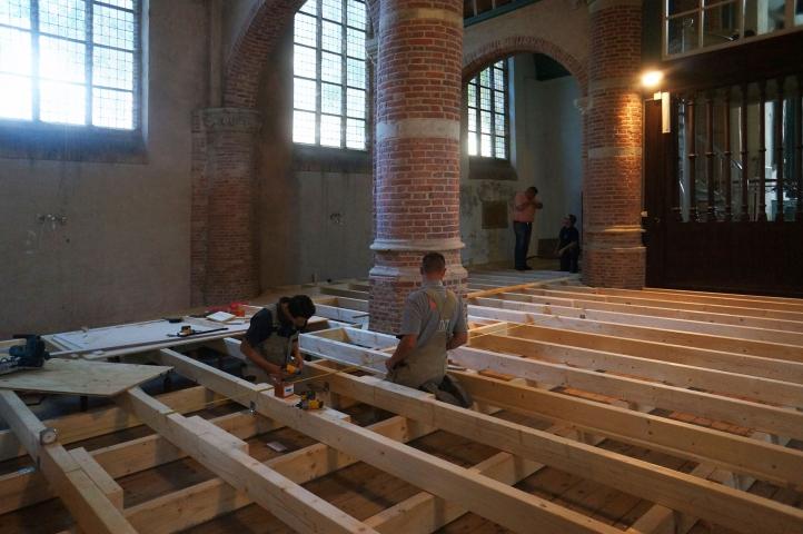 Interieurwerk bij de Hervormde kerk in Abbenbroek is gestart