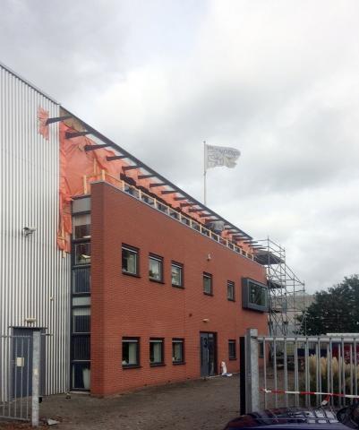Optoppen bedrijfkantoor Hoenderop BV te Ridderkerk